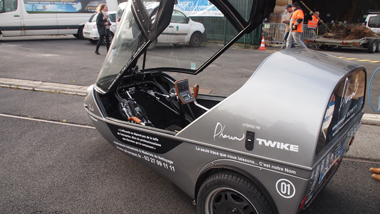 Prototype d'un véhicule propre présentée par l'entreprise Pharaon