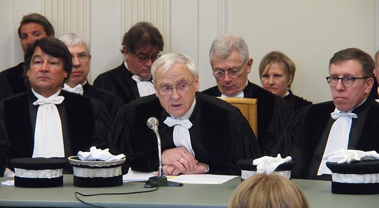 La juridiction commerciale entre la loi Macron et la J 21 !