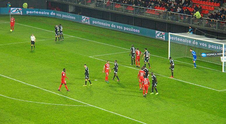 Une rencontre, 2 matchs et un nul (1-1) du VAFC