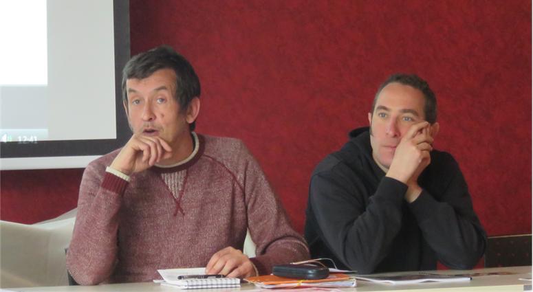Jean Christophe Viseux et Laurent Casalta de la Cie La vache bleue et La Roulotte Ruche