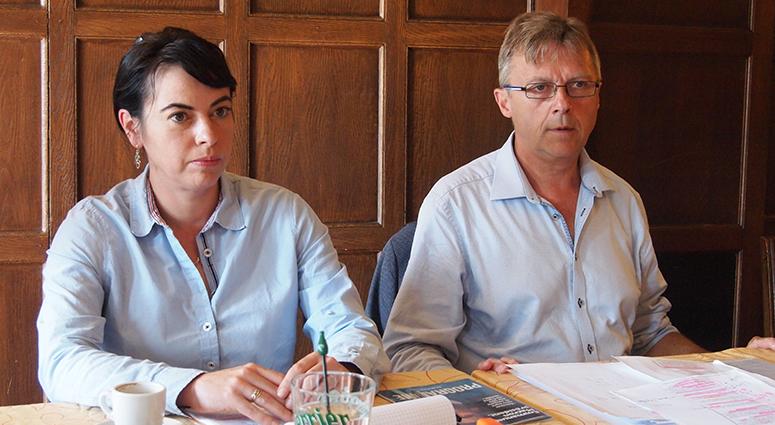 Laura Flessel vient soutenir Daniel Zielinski en meeting dans la 20ème.
