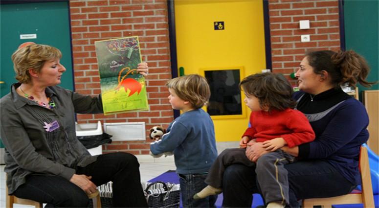 Rafaële Rudent dessine le lien entre la culture et l'enfance.