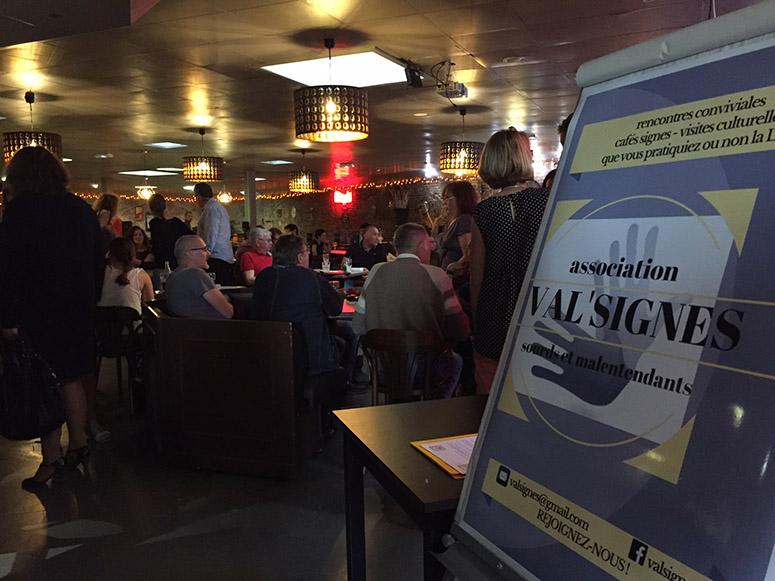 Séance de cinéma avec l'association VAl'Signes