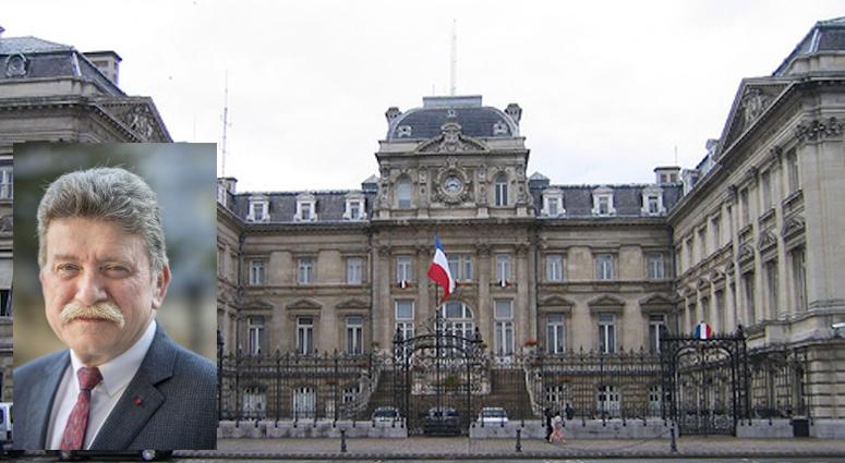 Droit de Réponse de Michel Lalande, Préfet