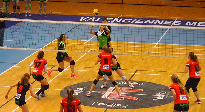 (Volley Club de Valenciennes) Elles s'offrent le leader Harnes