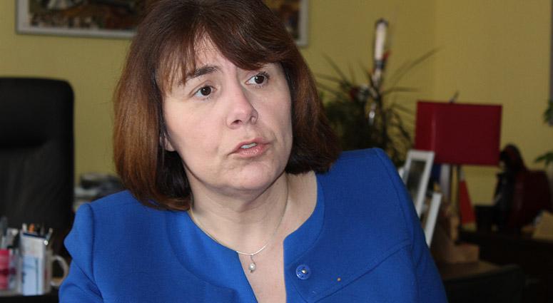 Anne-Lise Dufour construit son réseau social de visu !