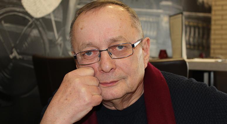 Lew Bogdan, le théâtre passionnément
