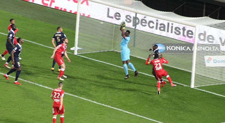 Football champagne au Stade du Hainaut (VAFC 1/3 Reims)