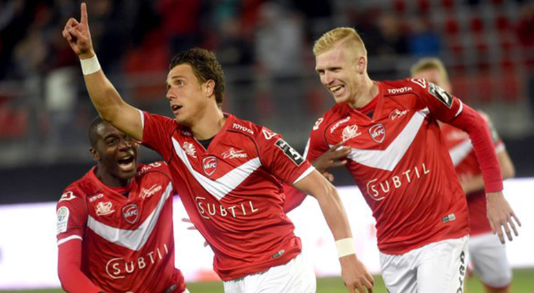 (Football) Face au Red Star, Valenciennes plie le match en 15 minutes (4-1)