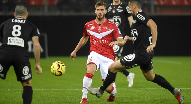 (Football) Valenciennes donne le bâton pour se faire battre (1-3)