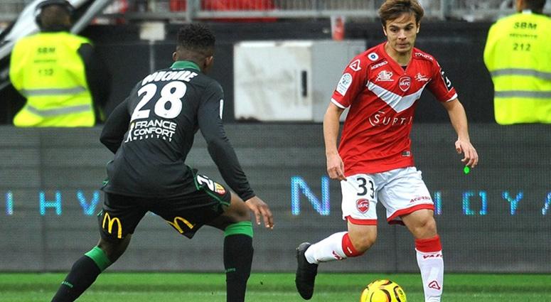 (Football) Valenciennes remporte le derby face à Lens avec la manière (4-2)