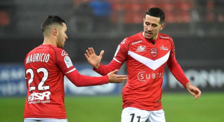 (Football) Le VAFC se saborde en deux minutes face à Lorient (1-2)