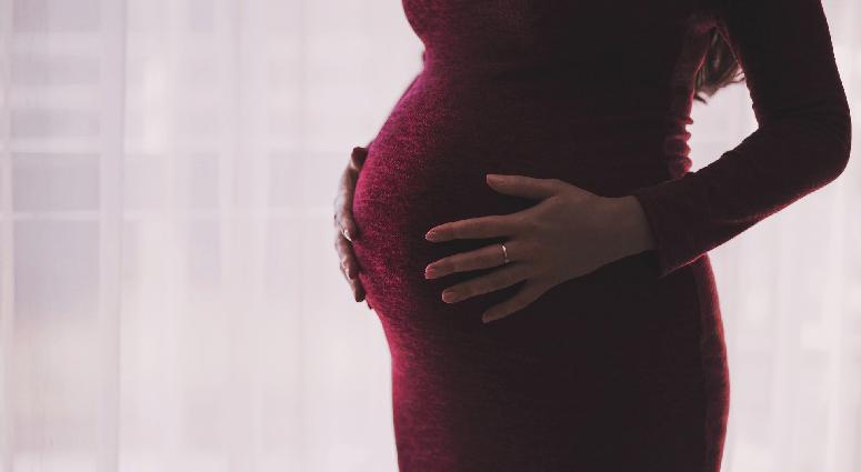 L'indicible violence autour de la maternité