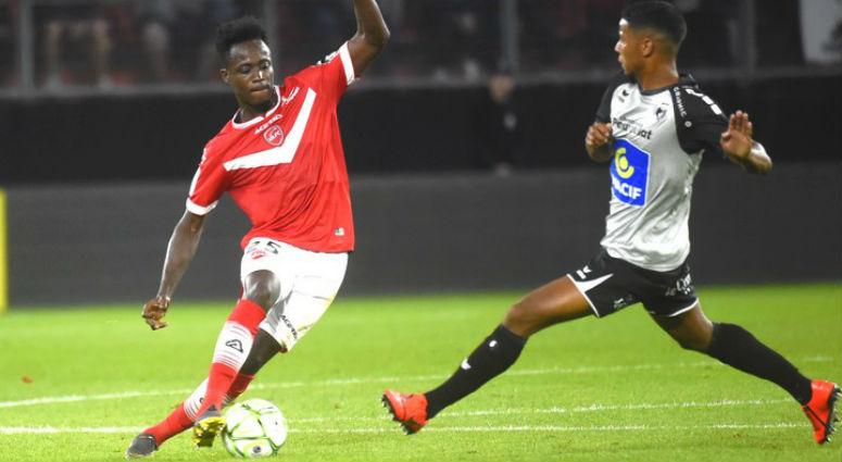 (Football) Valenciennes transparent face à Grenoble (0-2)