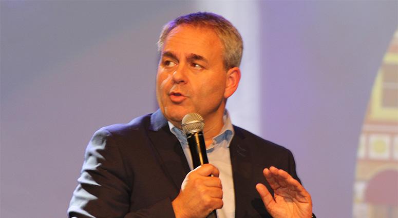 Xavier Bertrand annonce 60 millions d'euros pour le commerce de proximité