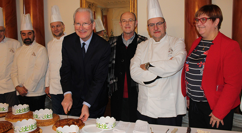 Une visite chez l'Etat de proximité par l'association des Pâtissiers du Hainaut